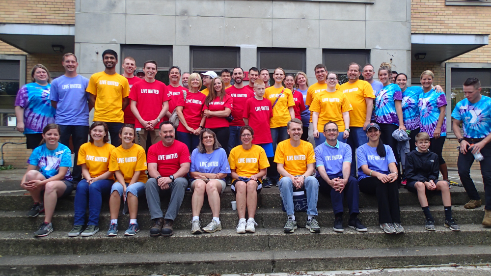 Bridgestone Akron, Ohio employees volunteering