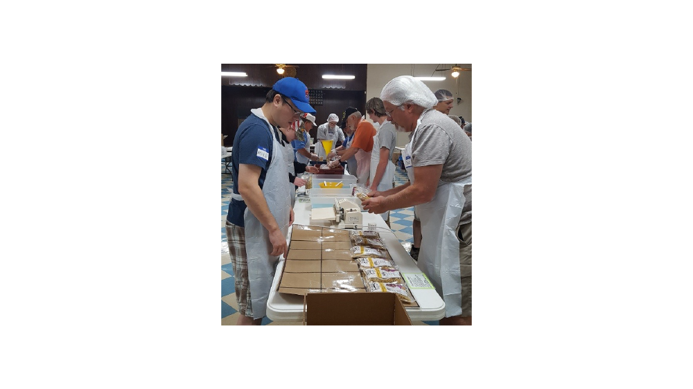 Firestone Building Products Employees volunteer Northern kentucky hunger relief