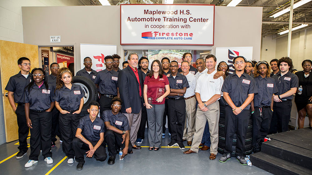 Bridgestone Americas, Firestone Complete Auto Care Mark Second Year of Partnership with Maplewood High School in 2016