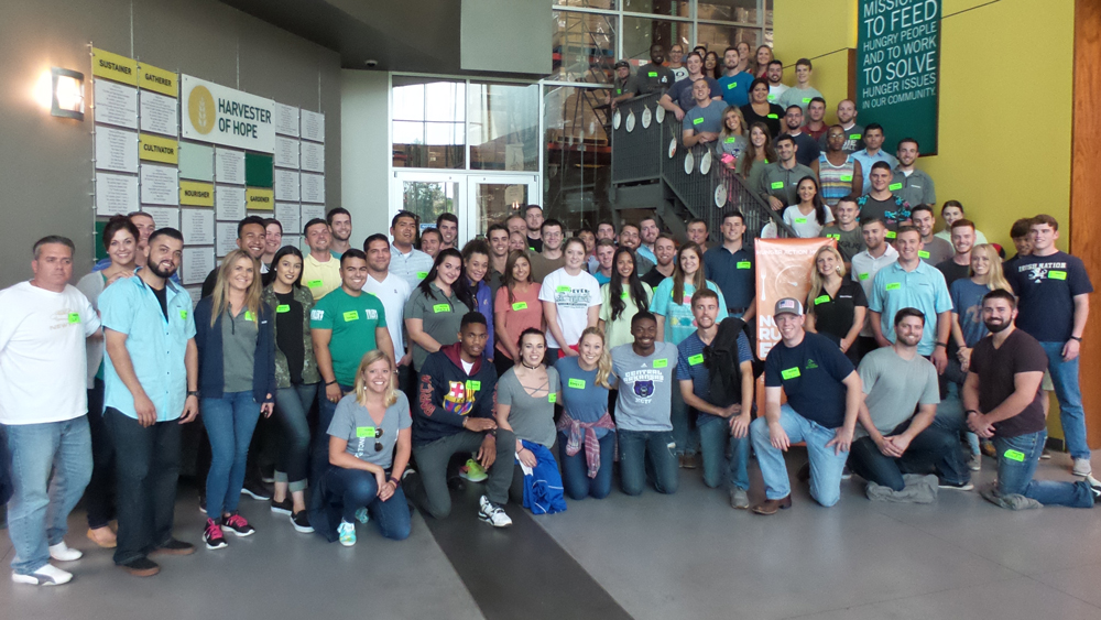 BSRO Interns Volunteer at Second Harvest