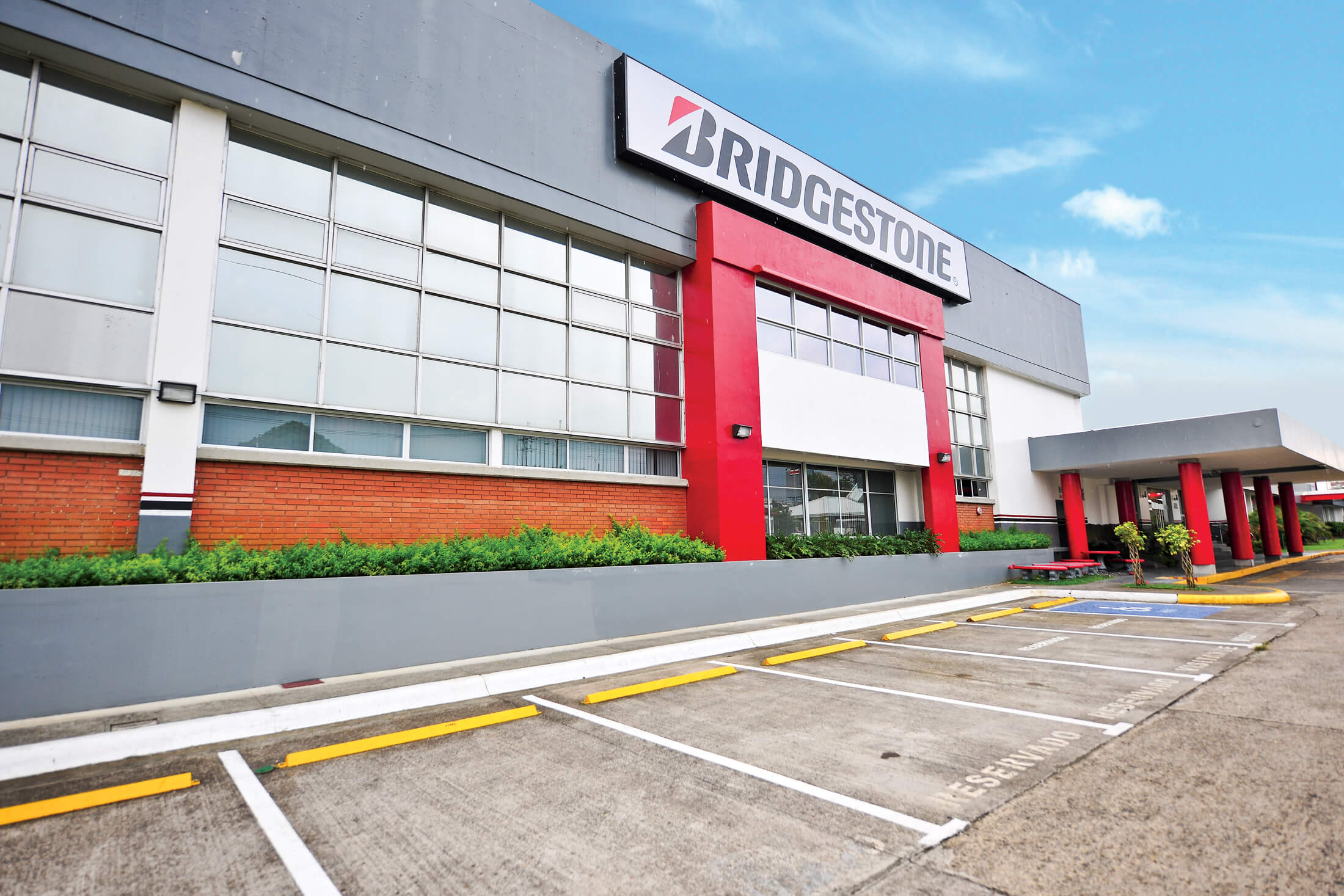 Bridgestone Costa Rica Received Certificate for its Efficiency in Energy Management