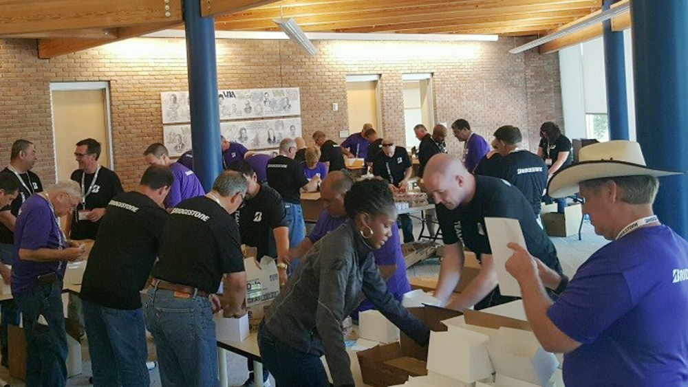 Bridgestone Teammates Volunteer with Meals on Wheels