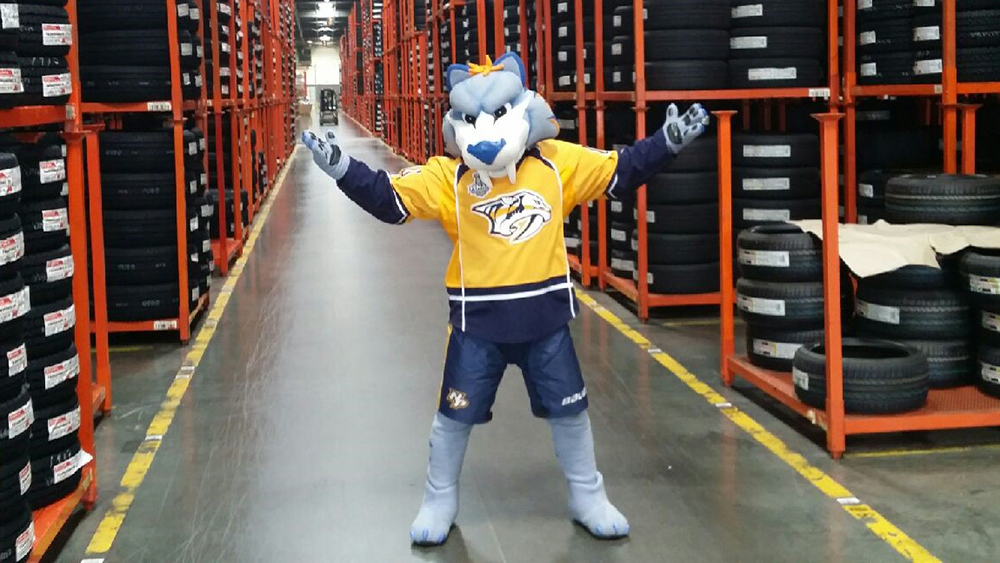 Gnash Nashville Predators Mascot at Bridgestone distribution center