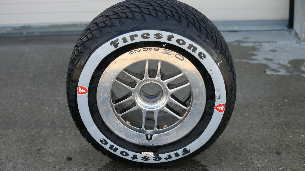 new Firestone rain tire for IndyCar series