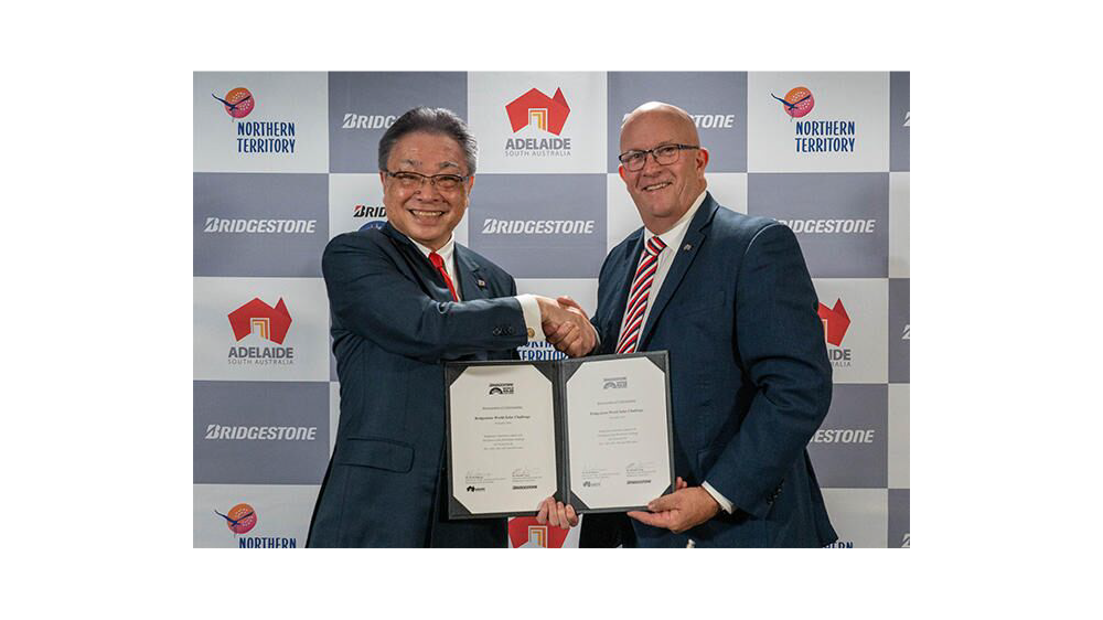 David Ridgway, South Australian Minister for Trade, Tourism and Investment (right), Masaaki Tsuya, Chairman of the Board, Chief Executive Officer and Representative Executive Officer, Bridgestone Corporation (left)